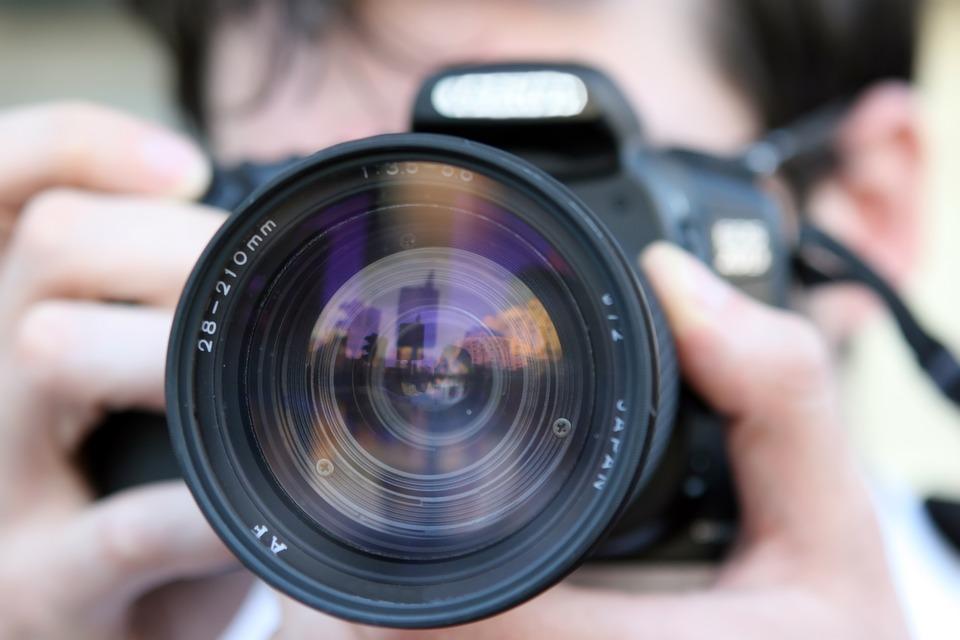 Quelle est la raison principale de la nouvelle tendance photographique ?
